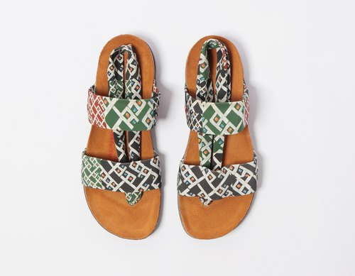 Tomiyac double strap sandals stroll