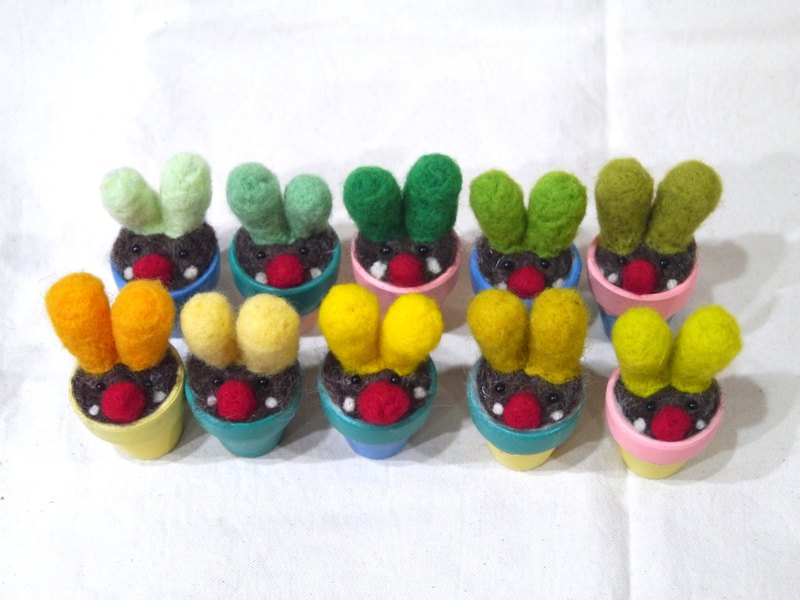 | Wool felt | healing wool plant (small) _ pots for the primary colors!