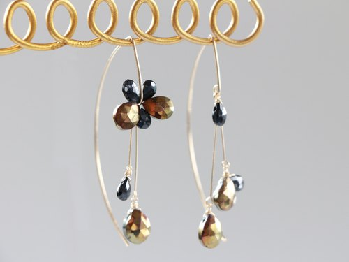 14 kgf-sprinkle spinel asymmetry V hook pierced earrings