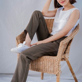 Casual Pants in Brown