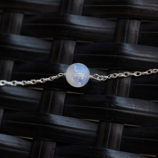 925 sterling silver blue moon temperament young bracelet blue natural light with a storage bag and the United Kingdom silver polishing cloth