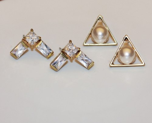 2017goodybag brass triangular pearl zircon earrings