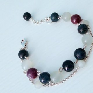 """Myers"" - natural ruby ​​Albuquerque bank + + moonstone silver bracelets original design in Hong Kong"