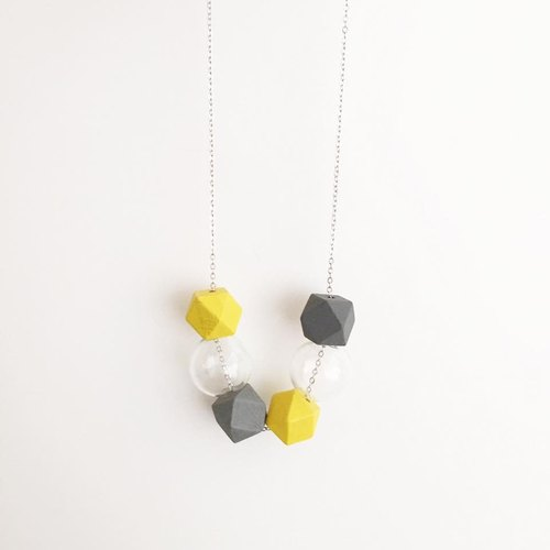 LaPerle summer yellow geometric glass beads transparent bubble bead necklace necklace necklace necklace birthday gift Geometric Glass Ball Necklace