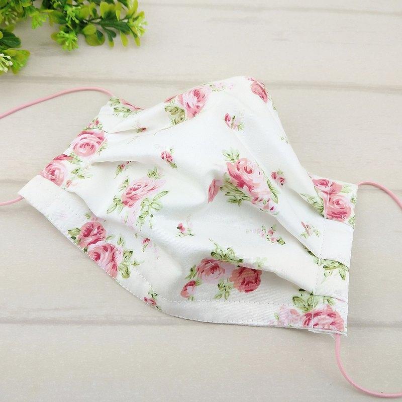 優雅玫瑰-白底。有壓條內開口棉質布口罩