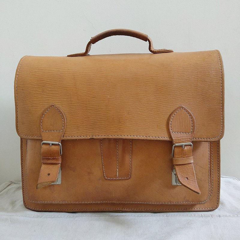 Leather bag_B058