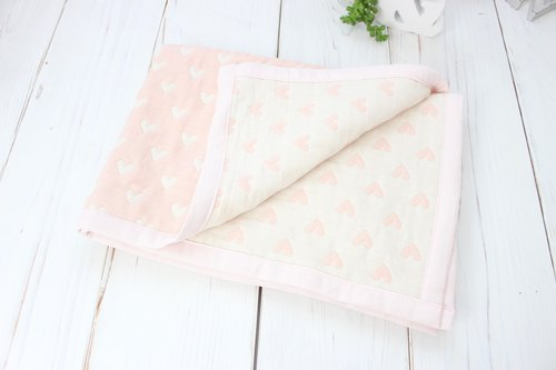 Heart patterned weave gauzeket secret ornamental gauzeket pink heartpattern swaddle lapblanket japan