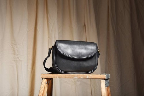 """Vintage 70's Coach Shoulder Bag"" Black Side Backpack VBB 011"