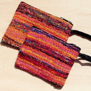 Hand-woven purse / storage bag / cosmetic bag / debris bag - hand twist Sari line