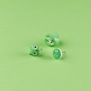 Green Polymer Clay Earrings -  Spring Cat Earrings