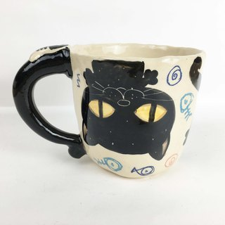 Nice Little Clay Handmade Cup Upside Down Big Black Cat 0103-14