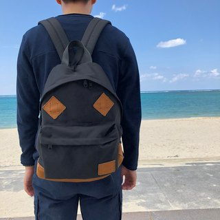 Classic backpack of Cordura and natural shrink leather [black]