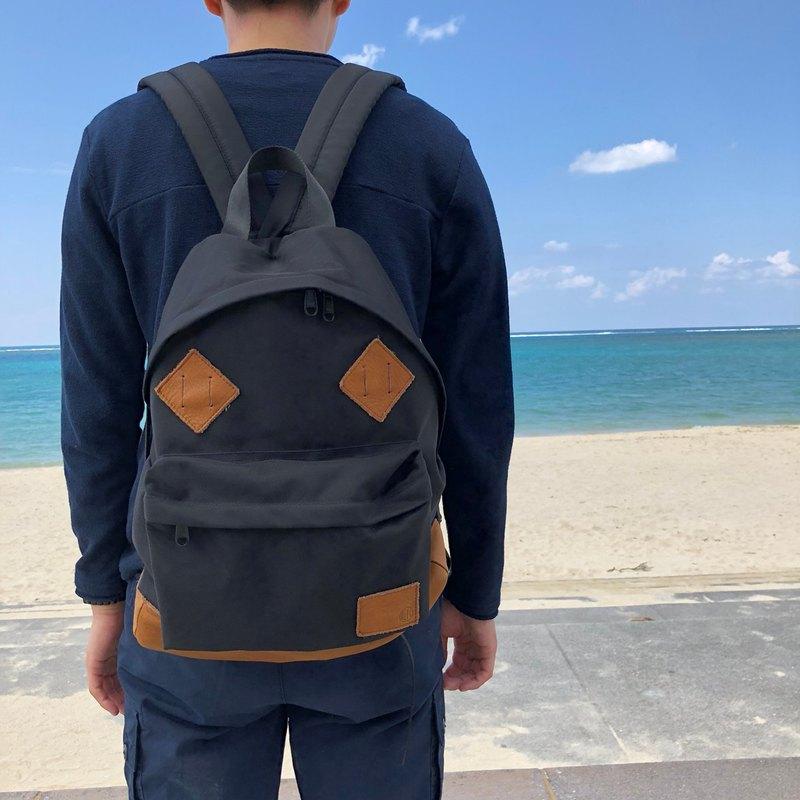 Cordura和自然收縮皮革的經典帆布背包[黑色]