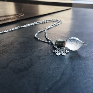 Fill in the blank Storm glass necklace (No.9 water drop shape bottle)