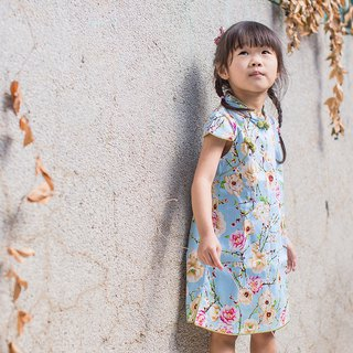Children's antique cheongsam - autumn section - flower series light blue section
