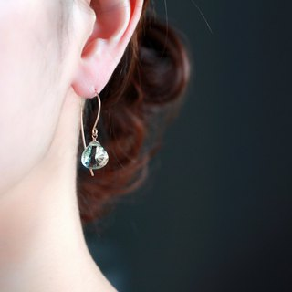 14 kgf - Green amethyst concave cut pierced earrings Impossible Rear Earbal