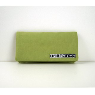 Elegant and light - delicate texture long clip / clutch - green apple