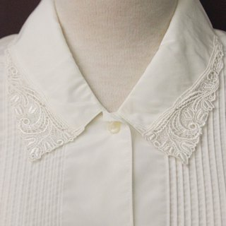 Vintage Japanese Elegant Lace Embroidered Lapel White Long Sleeve Vintage Shirt Vintage Blouse