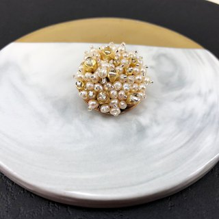 Elegant Japanese Style Pearl Brooch 【Wedding 】【Christmas Gift】【Birthday Gift】