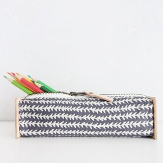 """Pattern"" Pencil case. Fishbone"