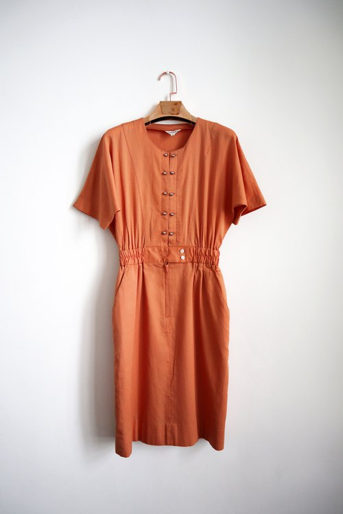 Pumpkin Vintage. Vintage beads buckle dress