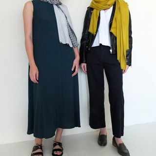 Mustard yellow and green herringbone weave scarves Kashenmier (right)