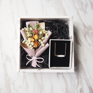 [romantic bouquet gift box] Fu bag suit: Mini dry bouquet (light purple) + necklace 1