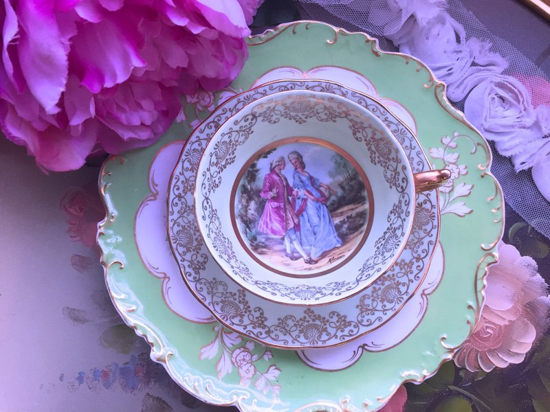 Annie mad antiques British bone china Ashley 22k gold handmade love that the love of Phnom Penh flower cup, two sets of coffee cups intact