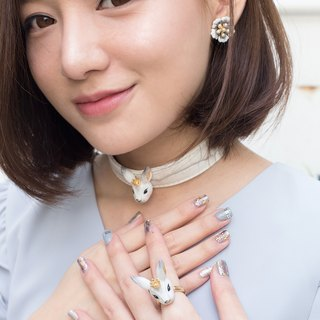 Alla the princess rabbit choker