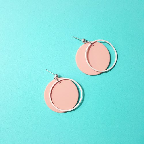 Pink round ear / ear clip handmade earrings Korea direct