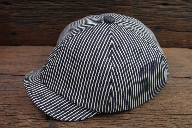 Straight striped retro newspaperboy hat