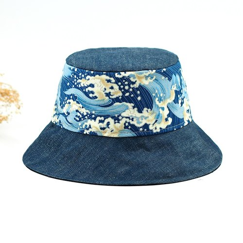 Calf Calf Village Village Hand-sided cap men and women hat Ukiyo-e {gold} Great waves to send navy [H-172]