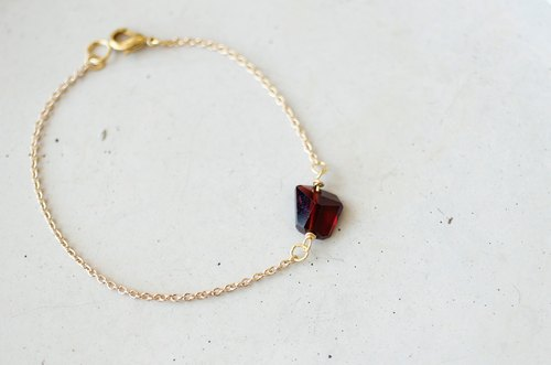Facet irregular red garnet bracelet