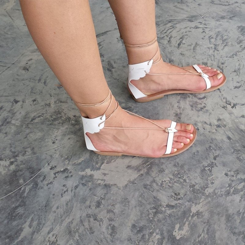 Exhibits Clearance - Roman Leather White Sandals EU38, 39 (Equivalent to 39/40)