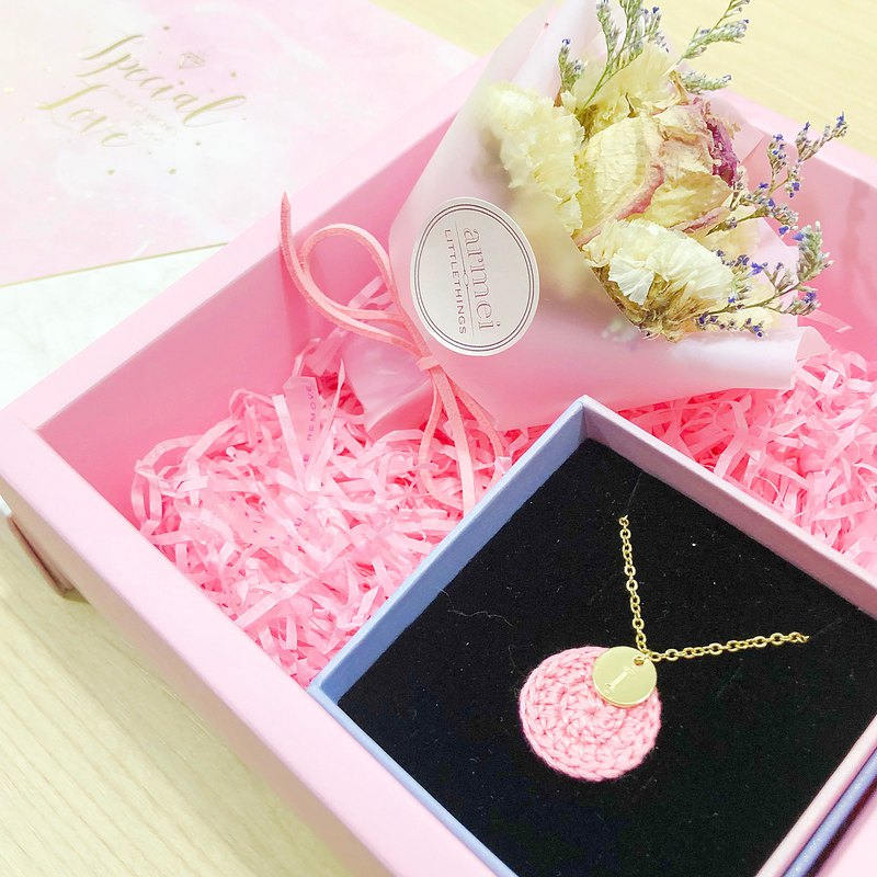 [small bouquet gift box set] happy annual ring necklace gold + mini dry bouquet