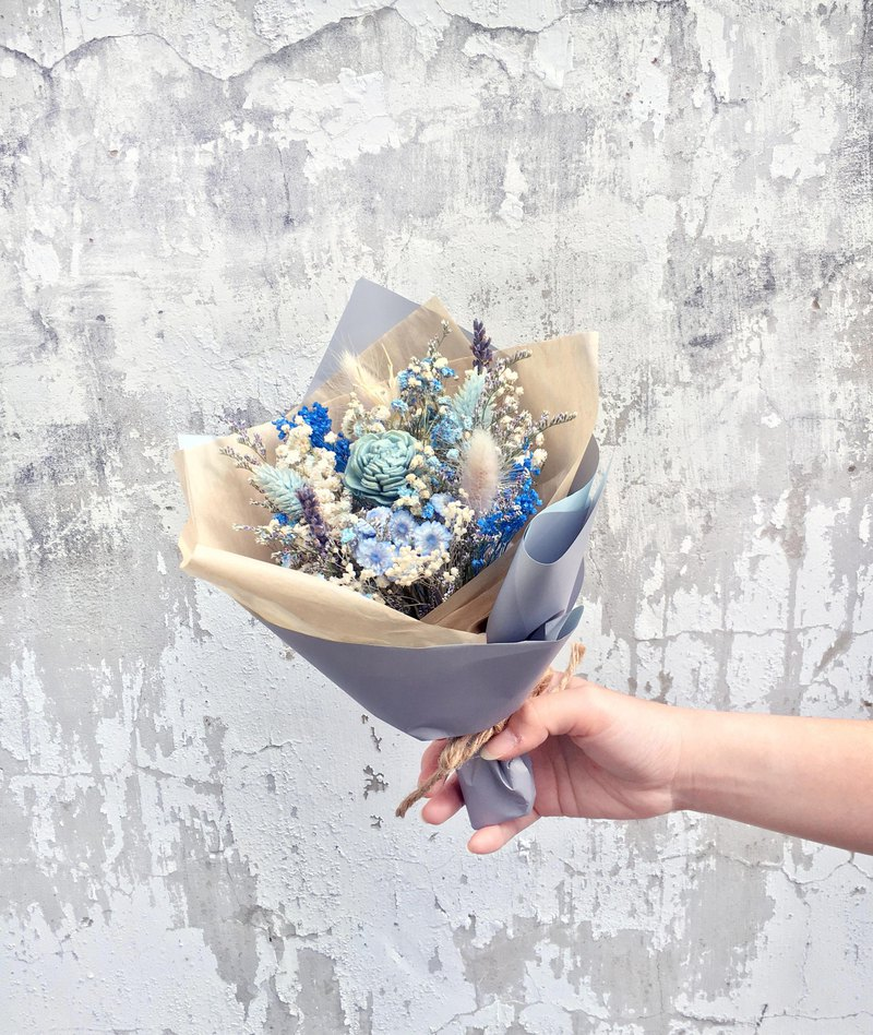 | Spring day agreement | Dry flowers. birthday present. Graduation bouquet. Daily bouquet. Blue line