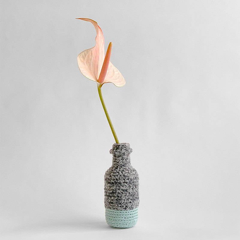 Hand knitting Flower vase