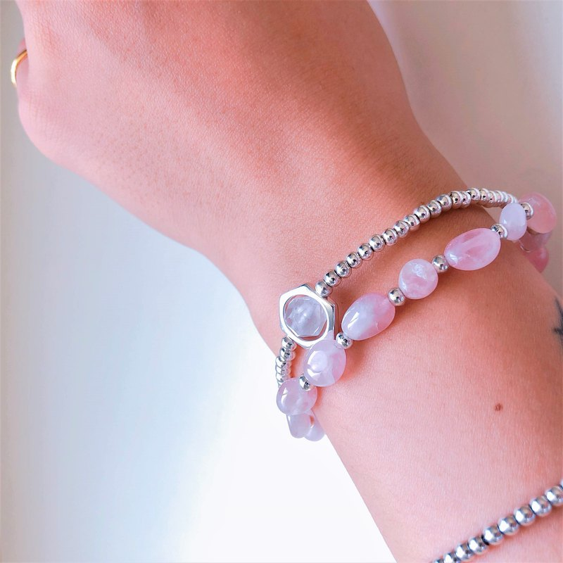 Double-circle Pink Silver Bead Bracelet
