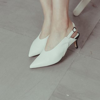 Heel arc winding stitching low heel sandals white