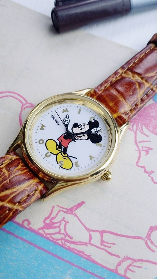 【Lost and find】 old children play Mickey finger refers to the watch