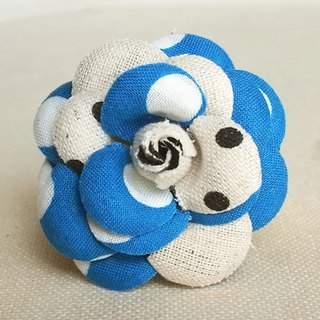 Brooch Blue Dots Mini Heroine
