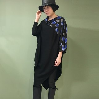 【Top】 asymmetrical long version of the drape shirt _ black