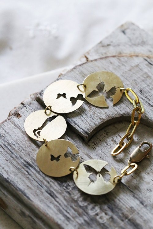 Butterfly and Bird Bracelet / Linen Jewelry / Everyday Jewelry / Nature Bracelet / Butterfly Jewelry