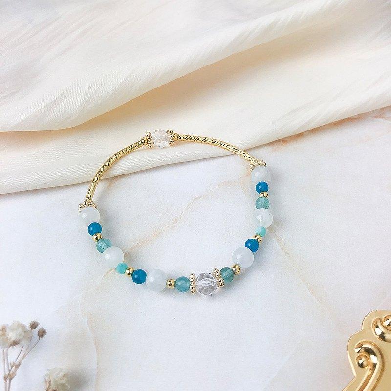 藍翠雀 // 月光石藍磷灰石天河石白水晶 手鍊 // 溝通 人緣 淨化