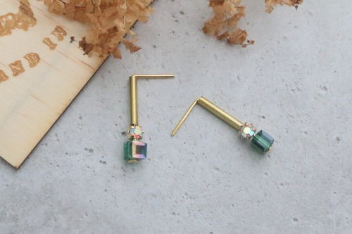 Brass Crystal Earrings (1056, etc.)
