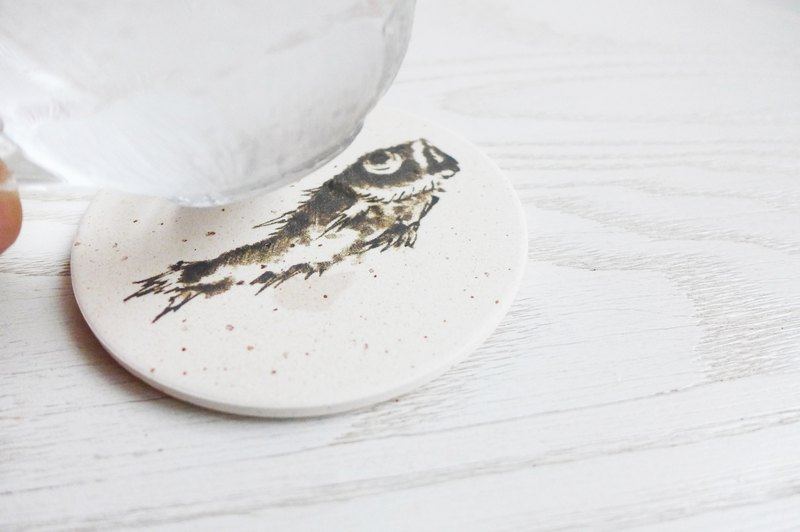 Japan [surprised] Li Feng Tang instant dry coaster - fish every year Gui diatomaceous earth Diatomaceous earth instantly drops water droplets inhibit bacterial gift