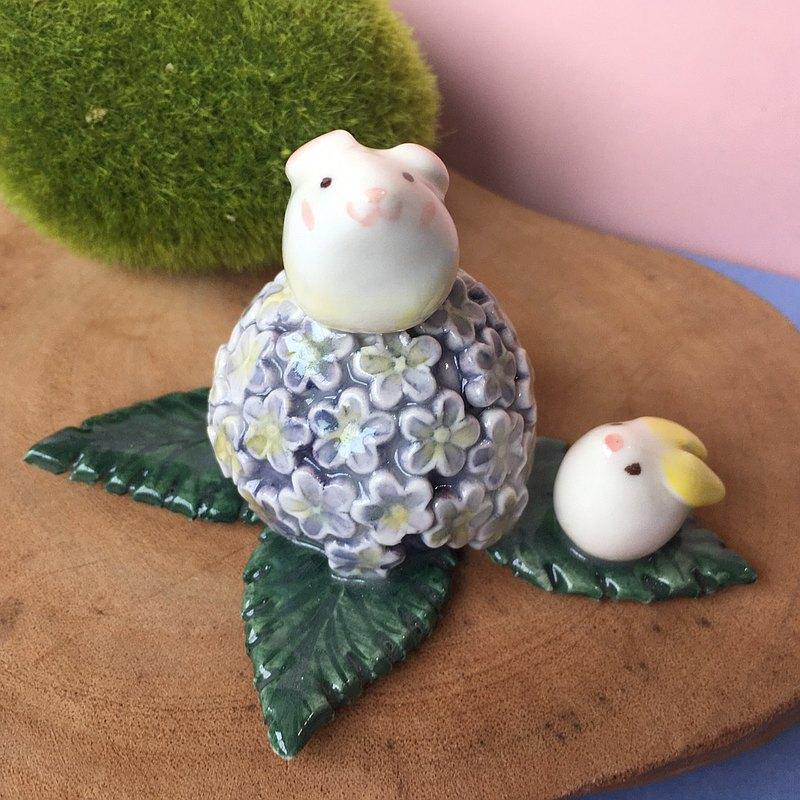手作動物瓷偶 繡球花與兔兔