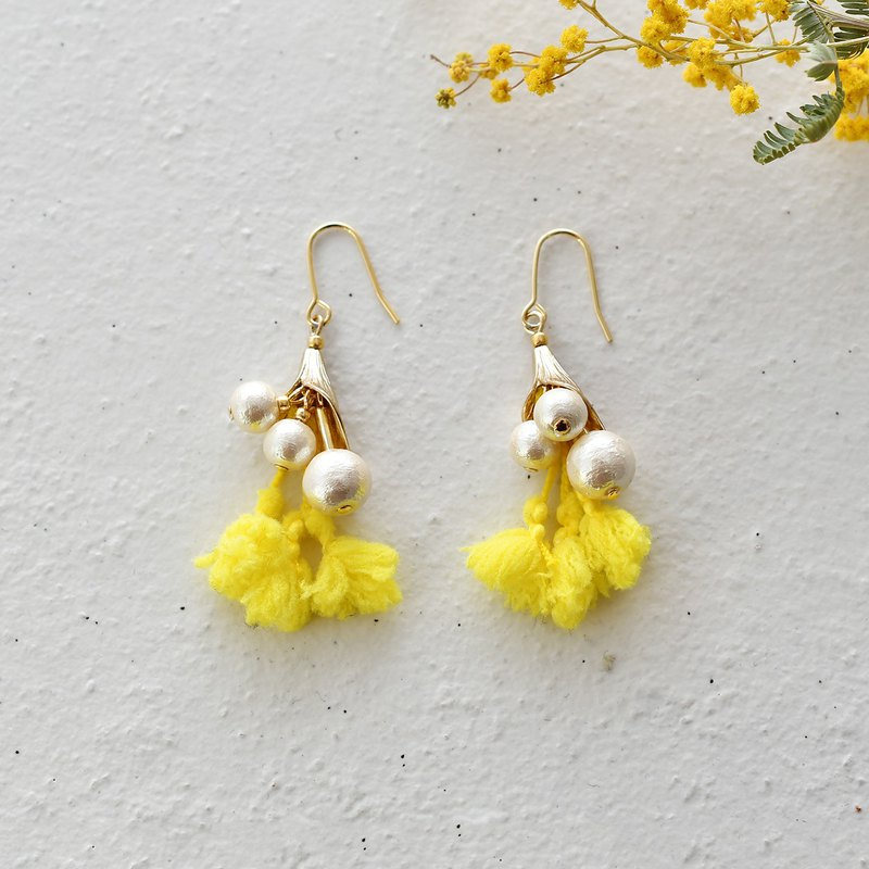 "Cotton pearl tassel earrings""Yellow Bouquet"""