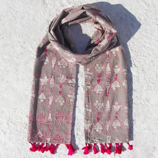 A limited edition hand-stitched silk / embroidery scarf / scarves handmade embroidery / cotton line hand-stitched silk scarf - Ethnic leisurely oasis of fish