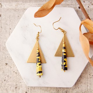 MUSEV triangle personality black and yellow paper beads earrings